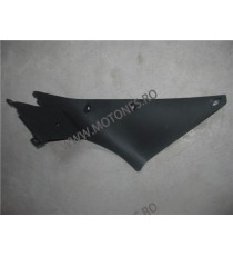 R1 2009 -2012 plastic lateral stanga 5L55 5L55  Acasa 50,00 RON 50,00 RON 42,02 RON 42,02 RON